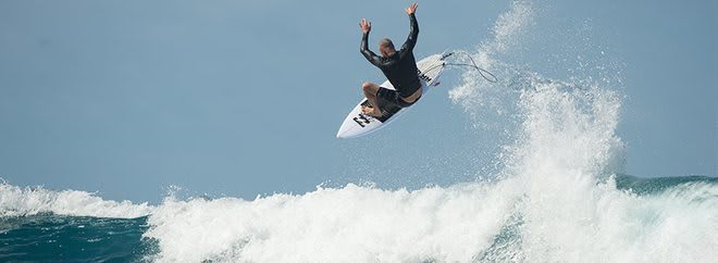 Surf dive n ski banner AU